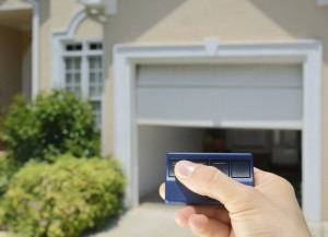 Maintaining Your Garage Door image #2